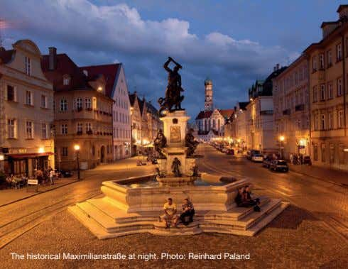 The historical Maximilianstraße at night. Photo: Reinhard Paland