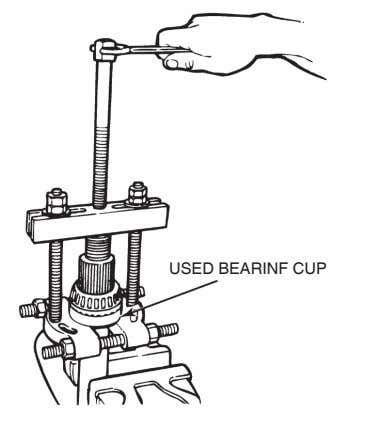 USED BEARINF CUP