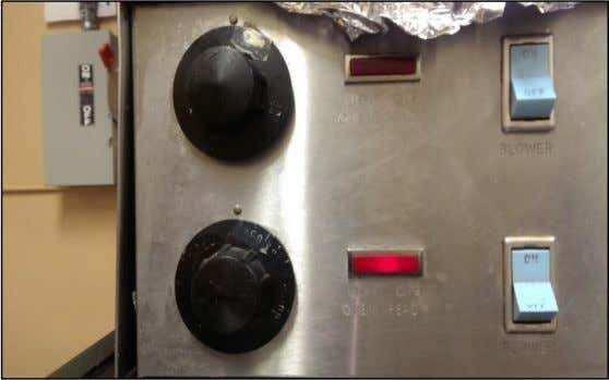 Image of oven with numbers on temperature dials worn off at the Adams campus of