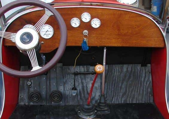 Spinoff Projects New African Mahogany dashboard and floor in Ford Model A Speedster