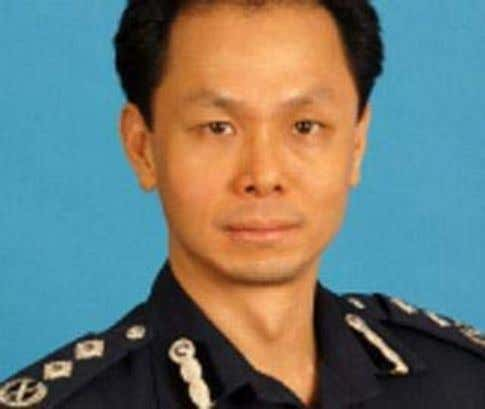 Posted: 25 January 2012 0747 hrs Mr Peter Lim (Photo: TODAY) Mr Ng Boon Gay (photo:
