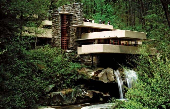 1936: Frank Lloyd Wright – arhitectur ă organic ă Fallingwater house Johnson Wax Headquarters – cl