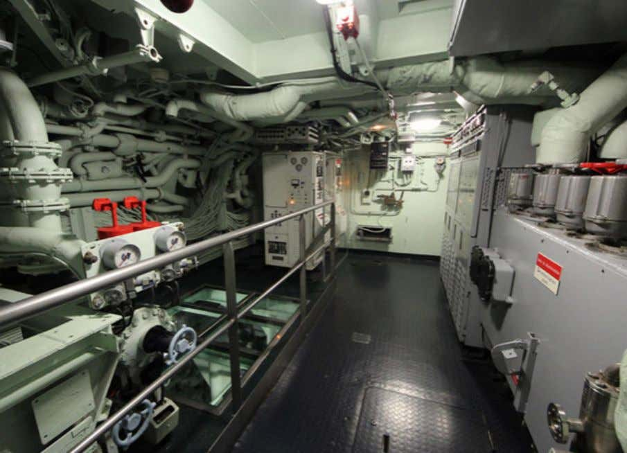 too. CO2 scrubbers (lower left) take out that deadly gas. Missile room The Redoutable carried 16x