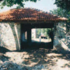 The cultural centre in the village of Dranoc is housed in a kulla. Capacity building