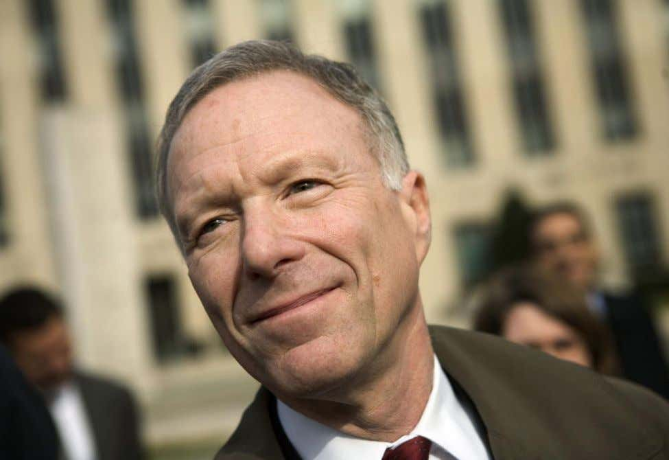 investigation. At the time, Ashcroft was in the hospital. Scooter Libby After Deputy A.G. Comey was