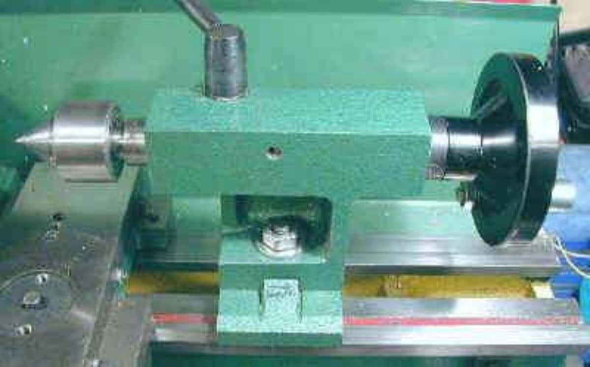 Tailstock, Centers and Drill Chuck