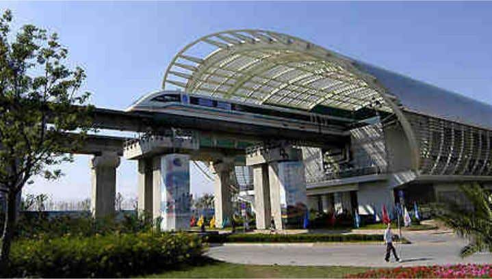 Fig. 17 – Maglev na China - Estação Fonte: http://www.monorails.org/tmspages/magshang.html