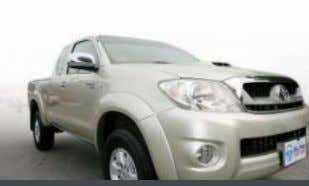 Central Lock, Standard Seats, ABS, Airbag, CD, 47,xxx KM. Toyota Vigo Prerunner (E) THB 640,000 PRE-OWNED: