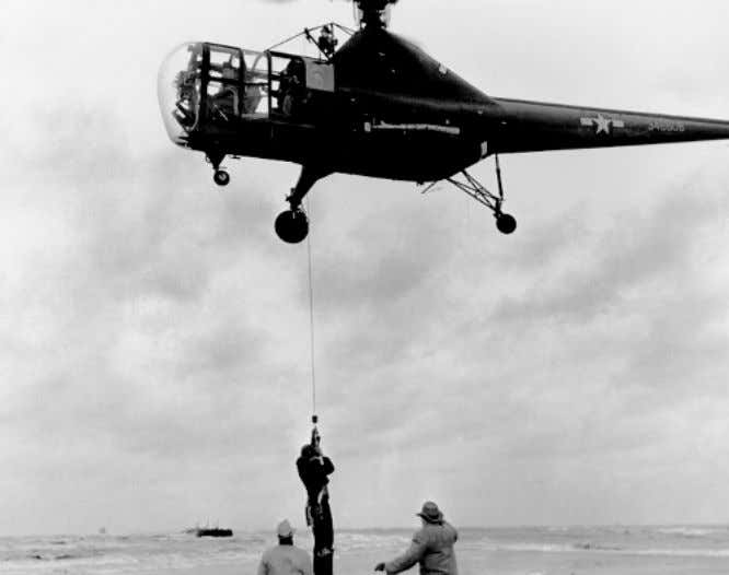 flight distance from the Sikorsky factory (Figure 19). 3 2 Figure 19- First Helicopter Hoist Rescue.