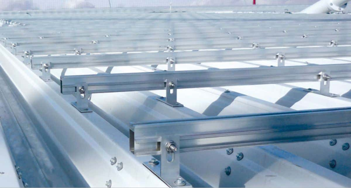 HatiCon Industriedachsystem HatiCon industrial roof system Ob Hochkant- oder Quermontage, mit dem HatiCon