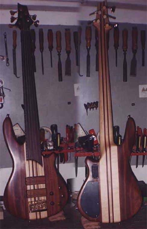 LISTA Argentina, custom guitars and basses made by Horacio Lista in Buenos Aires. http://www.galeon.com/horaciolista/ 12