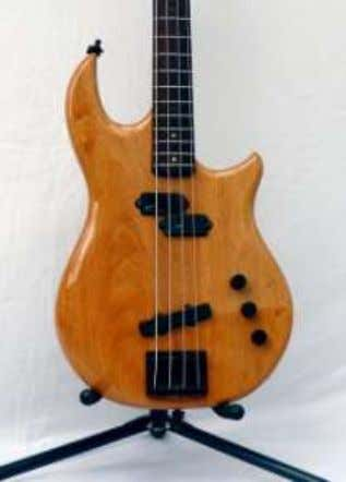 and has worked with Gary Brawer. This bass is custom made, using a Fender Mustang neck.
