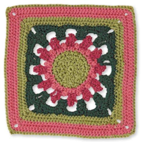 40 Granny Square flowerS larGe daHlia CoMpanion designed by Joyce Lewis Skill level: experienced Made
