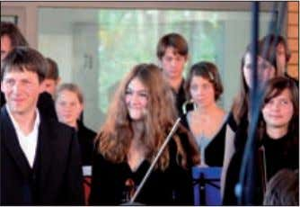 young people. At a festive ceremony, the Music School was conferred the name of the composer