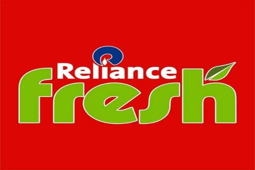  Reliance jewel, Reliance digitals RELIANCE FRESH (Growth through value creation) * Industry: Retail * Type: