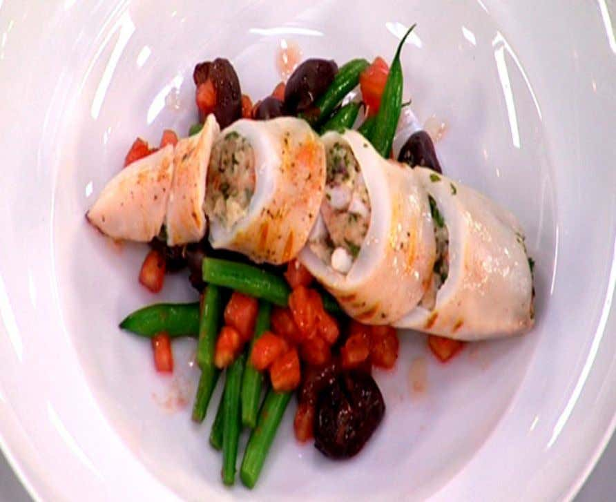 Stuffed Squid with Green Bean, Olive and Tomato Salad Ingredients 2 whole squid 2 anchovy fillets