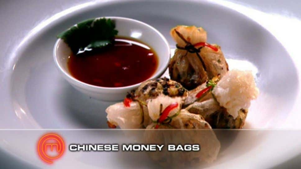 Chinese Money Bags Ingredients 2 shiitake mushrooms Approximately 12 Swiss brown mushrooms 2-3 garlic cloves 4