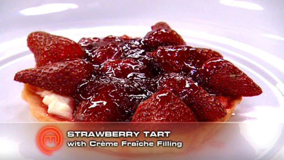 Strawberry Tart with Creme Fraiche Filling Ingredients 12 strawberries, hulled and halved ½ lemon, juiced 40g