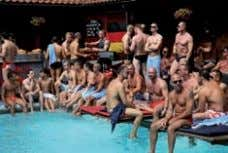 montag, 2. august monday 2 n d august POOL-PARty Die legendäre Pool-Party im Badehaus Babylon hat
