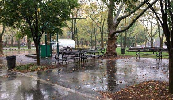 1 - SITTING AREA FORT GREENE PARK | PWB - Lower Plaza - Site Photos