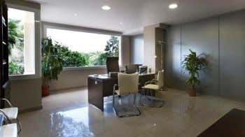 Business Center For Sale Price on Request: Conference room offices 700 m2 with 15 offices in