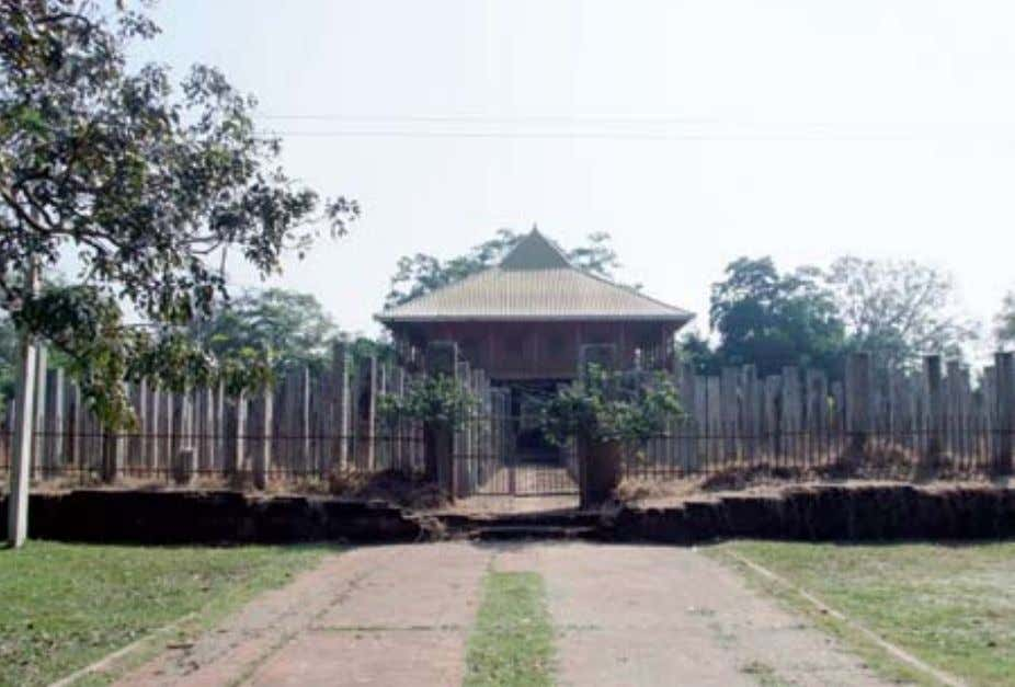 The brazen Palace The Thuparama and its octagonal pillars