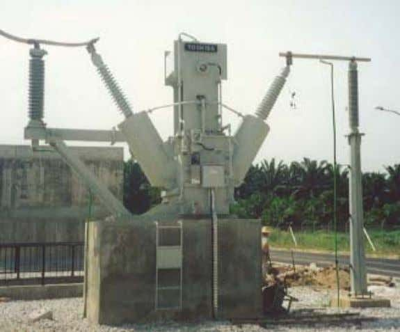 a Substation: Shunt reactors : Used on long transmission line systems to limit the voltage during