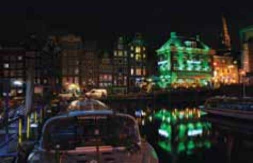 Q Open 16:00 - 24:00, Fri, Sat 16:00 - 02:00. PJAG Amsterdam by night M.Zaprauskis Billiards