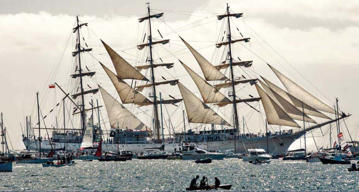 FALMOUTH-IsLe OF wIgHT-greenwIcH Tall Ships A fleet of 44 Tall Ships left Falmouth, Cornwall on