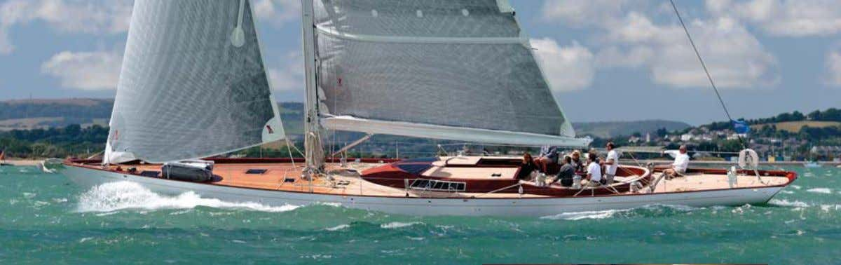 ONBOARD New C lassics SPIRIT 74 Sleek SoT from Spirit The latest Spirit yacht from the