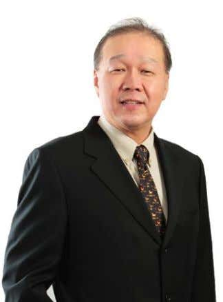 and Ph. D from the Southampton University, United Kingdom. ProfeSSor low teck Seng CHAIRMAN, TECHNOLOGY COMMITTEE