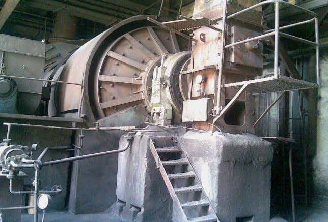 19 1. Raw Coal Bunkers (R.C. Bunkers). 2. Raw Coal Chain Feeders. 3. Drum Mill or