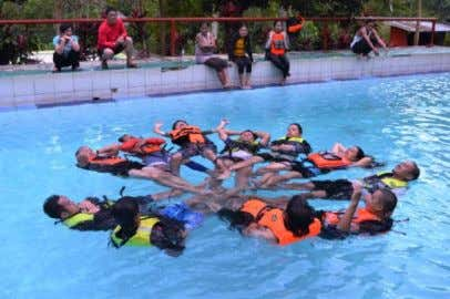 the victims in rugged and rapid currents during rescue operations. Swift Water Rescue Training SumilaoBukidnon 21