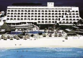 CROWN PARADISE CLUB Come and enjoy one of the finest all-inclusive hotels in Cancun. Dine