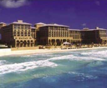 THE RITZ-CARLTON, CANCUN Where perfection is the standard. Considered by many one of the premier