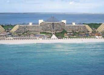 GRAND MELIÁ CANCUN BEACH & SPA RESORT Nestled along the champagne shores of Cancun, the
