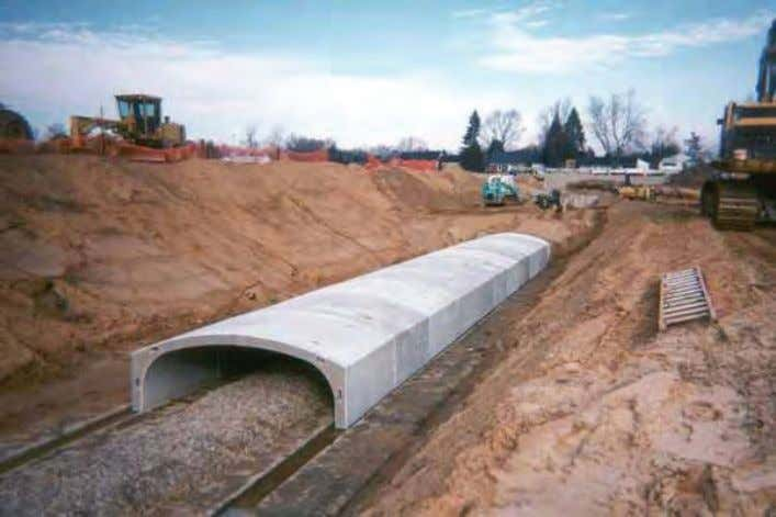 TOPIC 7.5: Concrete Arches and Arch Culverts Figure 7.5.4 Precast Concrete Arch with Integral Vertical