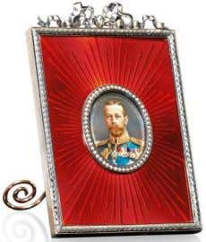 each with an image of her father H.M. King George V; the first, from 1899-1904, contains