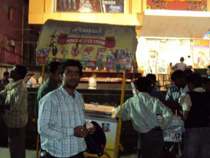 Roadside vendors: These are movable shop. they use to sale product in places of higher gathering