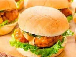 with other half of the sliders. • Serve. CHICKEN SLIDERS INGREDIENTS: • 1 - pack of
