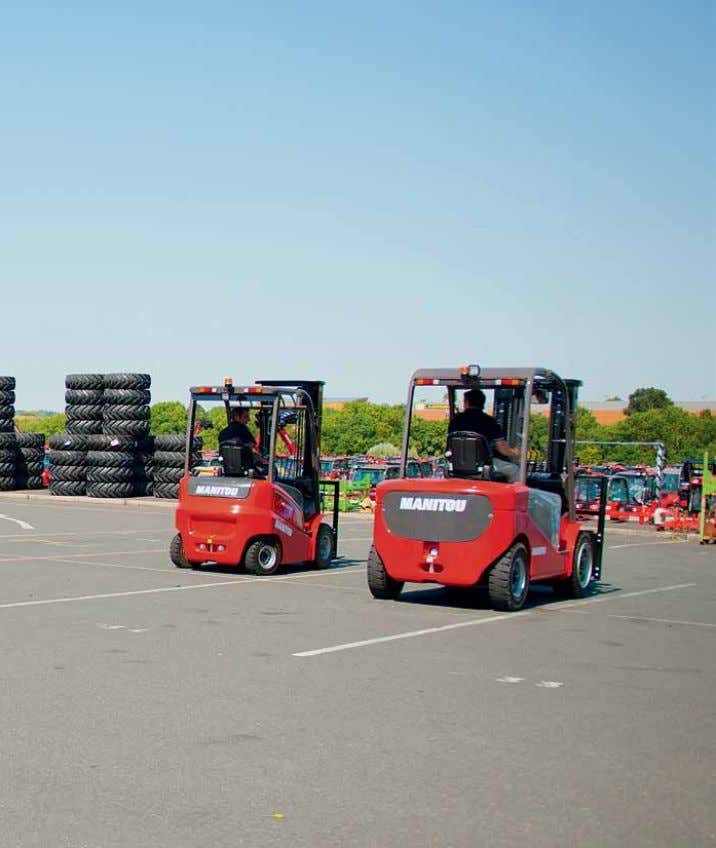 The Manitou Electric (ME) trucks EFFICIENCY DEDICATED TO STYLE Like their engine equivalents (MI), the