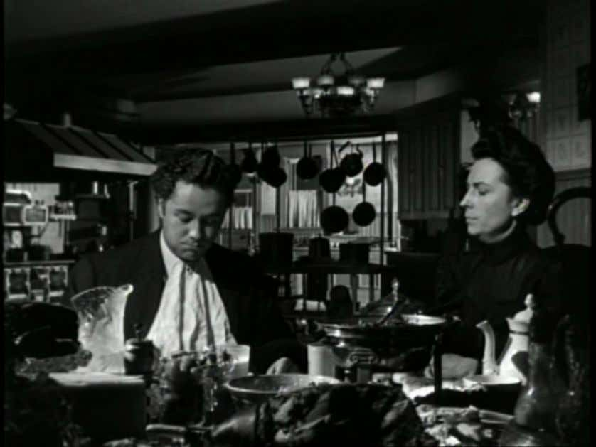 Fig 1.2 The Magnificent Ambersons (1942) In his discussion of the kitchen scene, Bazin argues