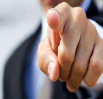 Palm – Closed •Finger Pointed : Is one of the most annoying gestures. Handshake Styles •