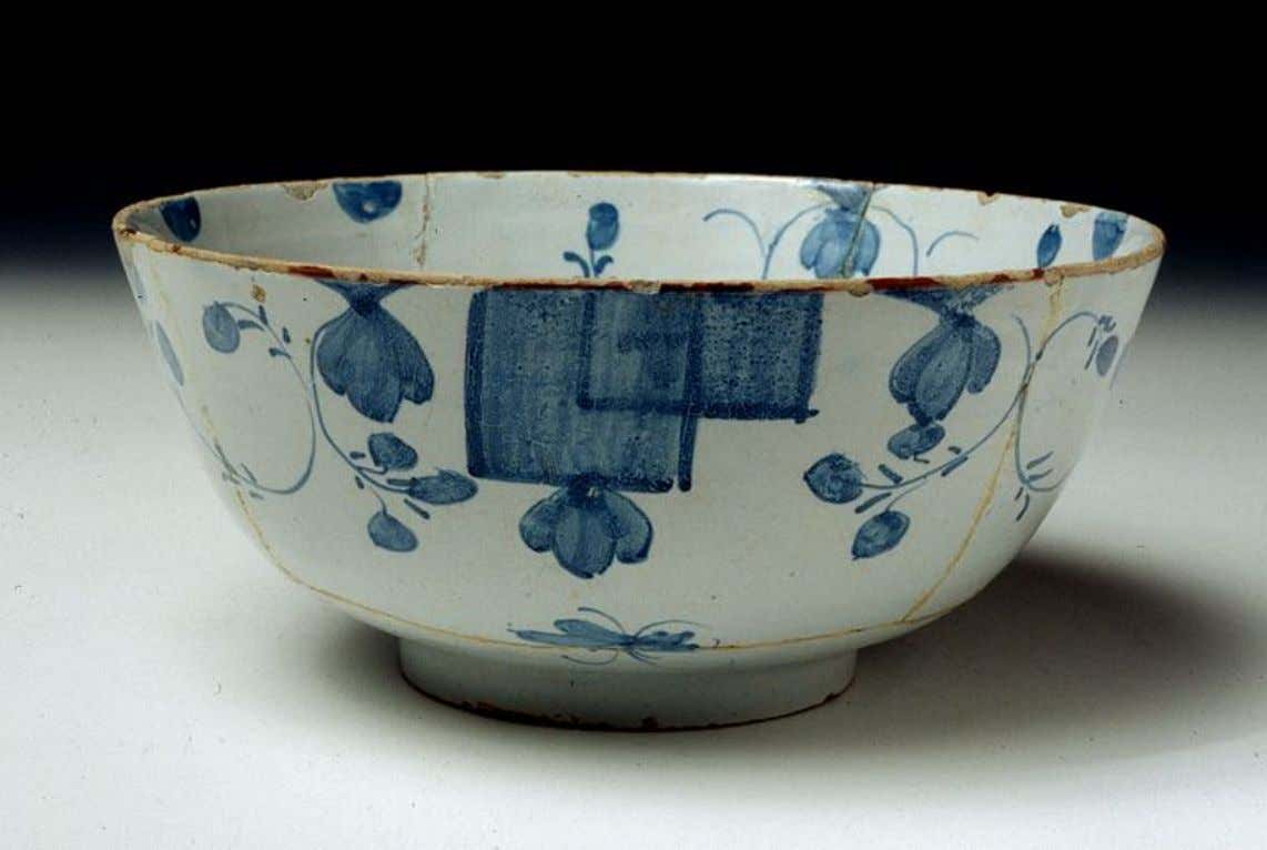 English Tin Glazed Earthenware Punch Bowl from Bristol c. 1740 - 1750 (Five Colleges &