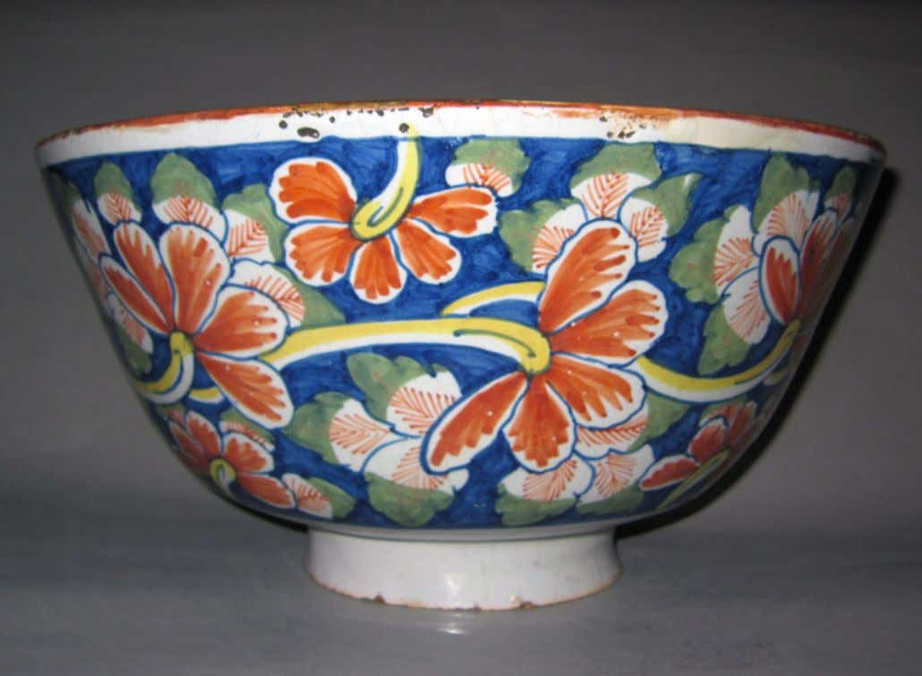 English Tin Glazed Earthenware Punch Bowl from Lambeth c. 1690 - 1710 (Winterthur)