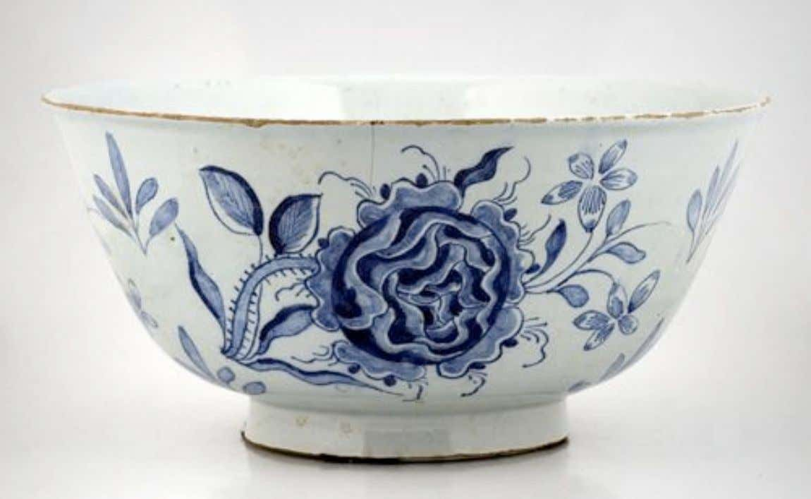 English Tin Glazed Earthenware Delft Punch Bowl with Jacobite Rose Decoration 18th Century (Private Collection)