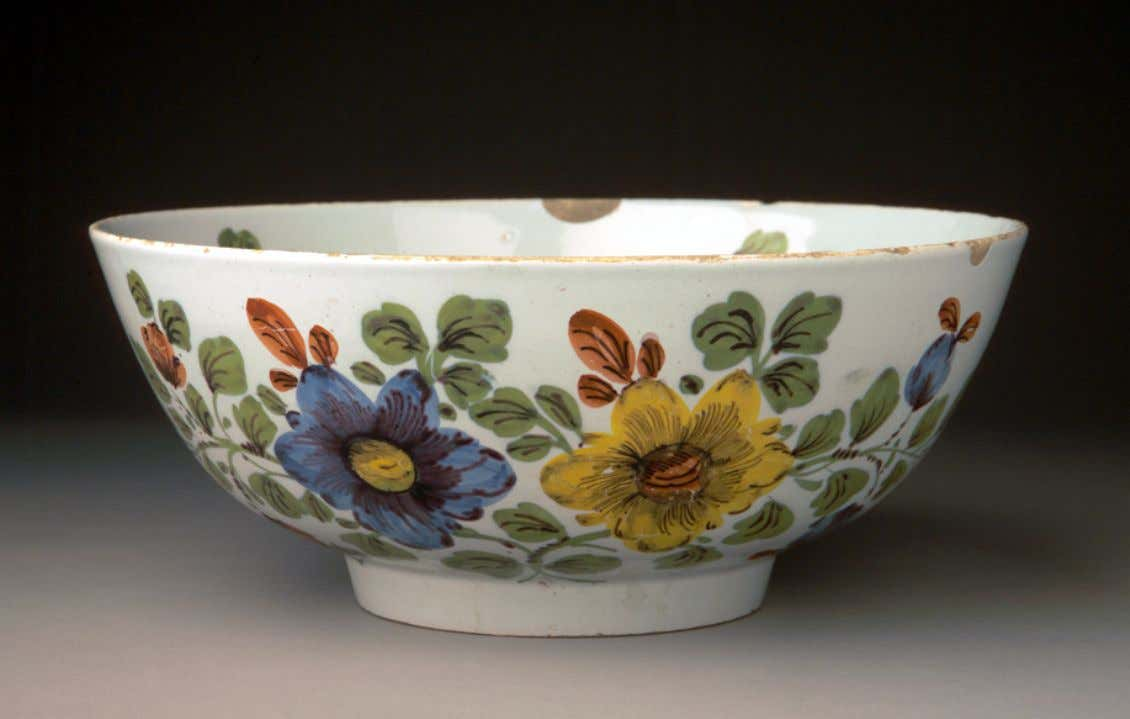 English Tin Glazed Earthenware Punch Bowl from Liverpool c. 1765 - 1775 (Winterthur)