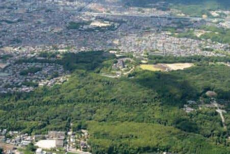 and Creation of Revitalization Kyoto Landscape Conservation of historical climate (Momoyama) Conservation