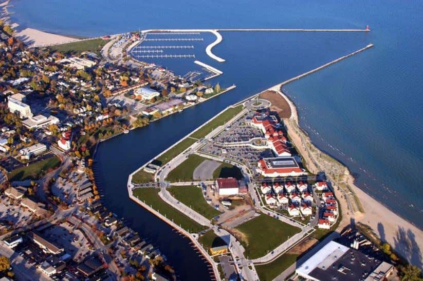 SOUTH PIER DISTRICT, CITY OF SHEBOYGAN The 42-acre brownfield site, at the convergence of the Sheboygan
