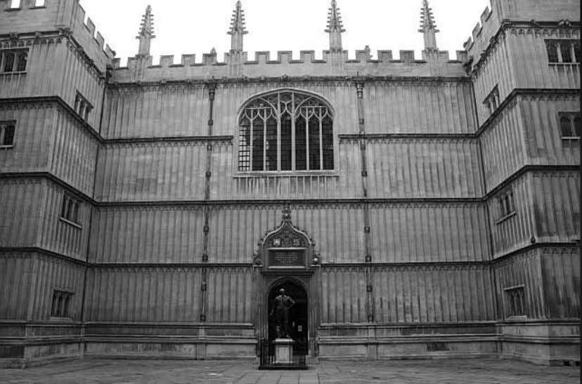 84 Chapter 4 Figure 4.1 Main entrance of Balliol College, Oxford University ( http://www.head